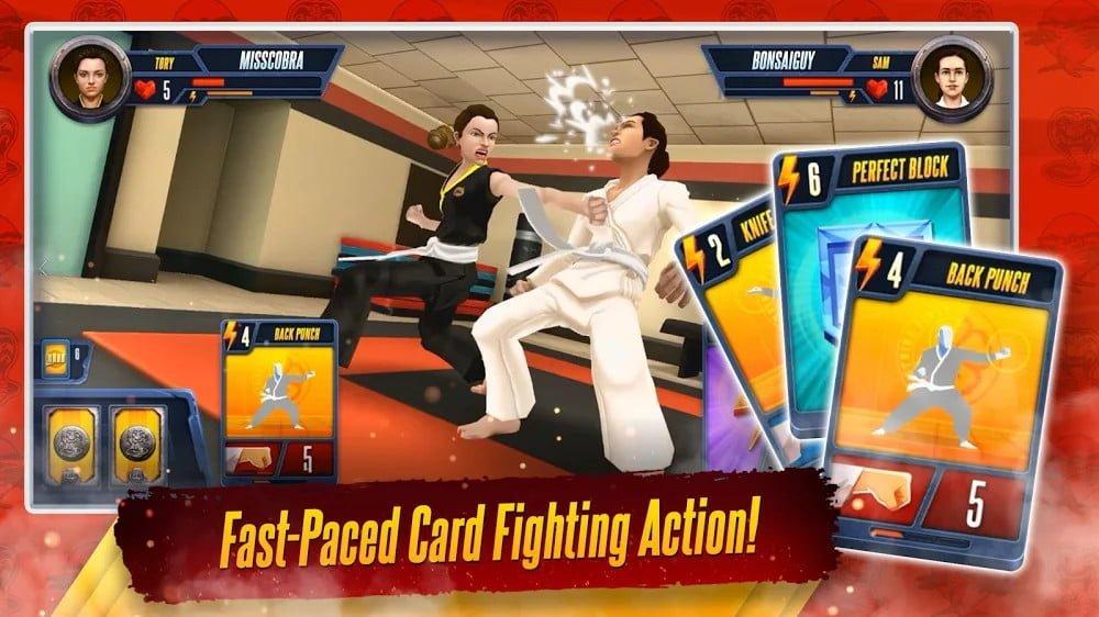 Cobra Kai: Máy bay chiến đấu thẻ bài